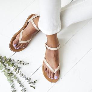 363887_Comfort Sandals_0401_ED_Randi Cerf